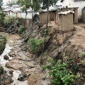 <span class=heading><b>River of dreams?</b> by Tracy Morse</span><br />This river flows through Ndirande township in Blantyre (Malawi) where it collects household, human and commercial waste from indiscriminate dumping and poor construction of toilets. Not surprisingly, our research has shown these rivers to be associated with typhoid transmission, and the environmental distribution of antimicrobial resistant organisms. We are now focussed on working with communities to protect these important riverine systems and reduce the risk of disease transmission.<br /><span class=small>Image: © 2021 Tracy Morse</span>. <span class=small>Collaborators: Kondwani Chidziwisano, Derek Cocker, Nicholas Feasey and Taonga Mwapasa - all were involved in the research development and implementation </span>