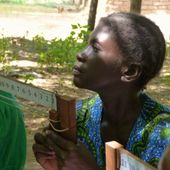 <span class=heading><b>Understanding community health priorities</b> by Sarah Rippon</span><br />A female leader in Jimuloja village, Chikwawa district, Malawi, highlights her