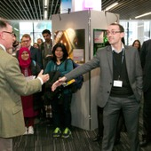 <span class=heading><b>Images of Research</b> by Guy Hinks</span><br /><p class=int>Judge Chris Thomson being thanked by the Principal for his direction into the use of digital storytelling throughtout the competition.</p><span class=small>Image: &copy; 2018 Guy Hinks 2015</span>